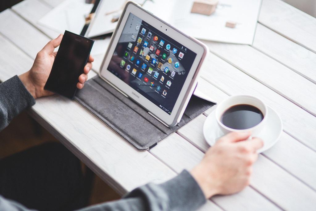 Die Senso4s-App lässt sich auf mobilen Endgeräten wie Smartphone oder Tablet installieren.